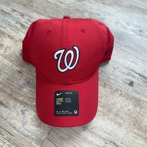 Nike NWT Washington Nationals One Size Red Hat